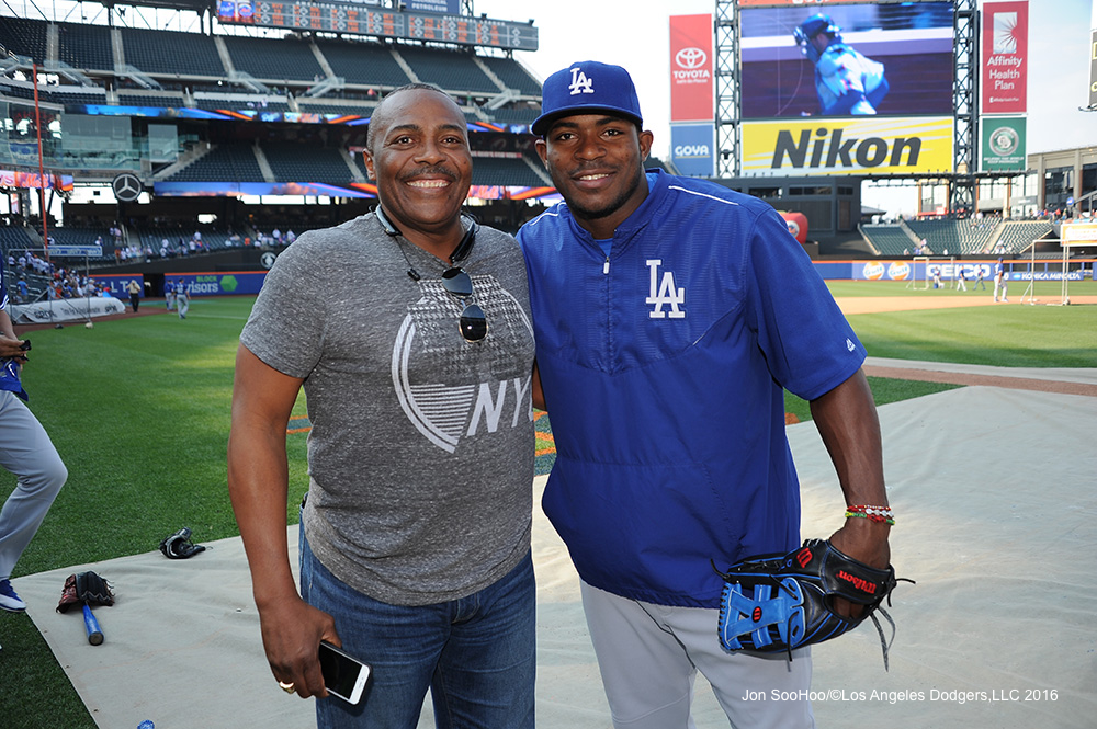 Pedro Guerrero and Yasiel Puig pose prior to the Dodgers' May 27 game at New York.